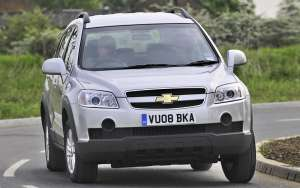 Chevrolet-Captiva-2.4-LS