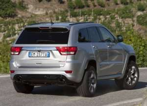 Jeep-Grand-Cherokee-SRT-2