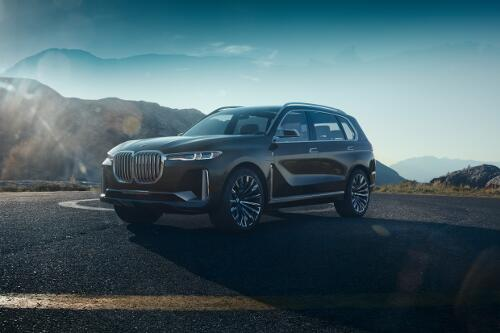 BMW X7 iPerformance Frontperspektive