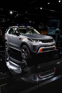 Land-Rover-Discovery-SVX-Frontperspektive