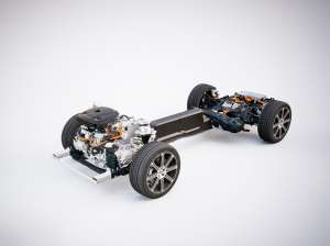 Volvo-XC60-T8-Twin-Engine-Chassis-Engine