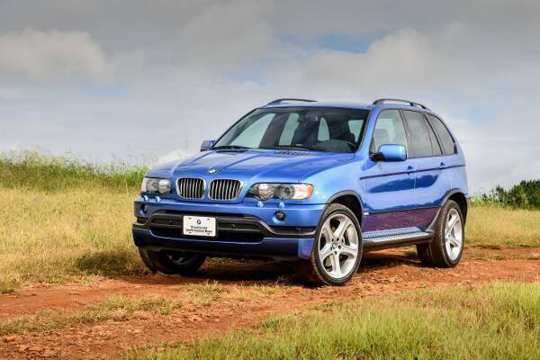 BMW X5 4.6is 2002-2003 Frontperspektive