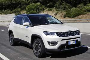 Jeep-Compass-Limited-Frontperspektive-2
