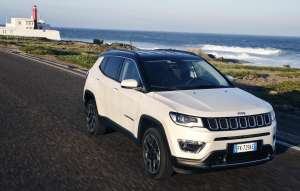 Jeep-Compass-Limited-Frontperspektive-4