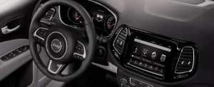 Jeep-Compass-Limited-Interieur-Cockpit