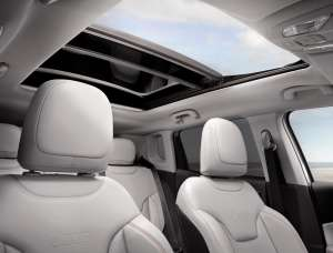 Jeep-Compass-Limited-Interieur-Panoramadach