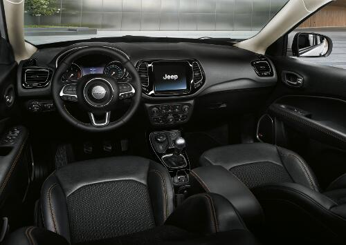 Jeep Compass Limited Interieur Fahrerbereich