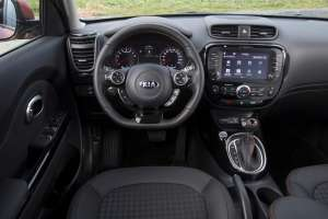 KIA-Soul-MJ-2017-Turbo-interieur-Cockpit