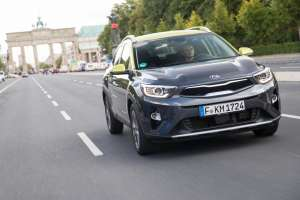 Kia-Stonic-SUV-Modell-2017-Exterieur-Frontal