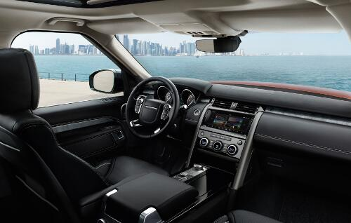 Land Rover Discovery 2017 Interieur Fahrerbereich