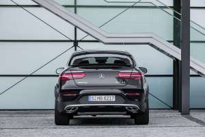 Mercedes-AMG-GLC-Coupe-Heckansicht-Stand