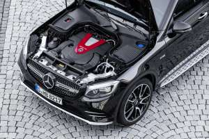Mercedes-AMG-GLC-Coupe-Motor