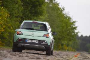 Opel-ADAM-ROCKS-11