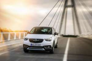 Opel-Crossland-X-2017-Frontal