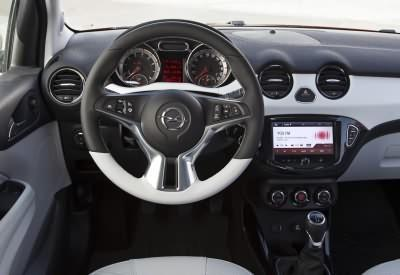 Opel ADAM ROCKS Cockpit
