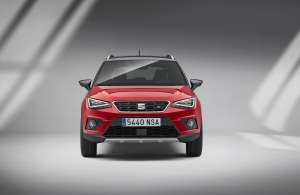 SEAT-Arona-SUV-Modell-2017-Front_