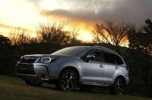 forester-2.0xt-mj-2013-aussenansicht-high-res 1