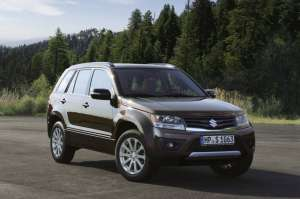 Suzuki-Grand-Vitara-Facelift-2012_2