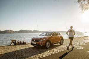 VW-SUV-T-Roc-2017-am-Strand