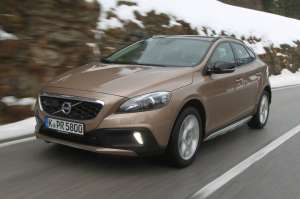 Volvo-V40-Cross-Country-6