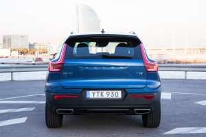 Volvo-XC40-SUV-2018-Exterieur-Heck