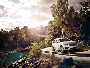 Volvo-XC90-Twin-Engine-