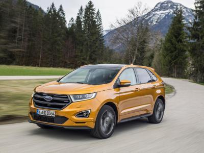 SUV Ford Edge zweite Generation 2016