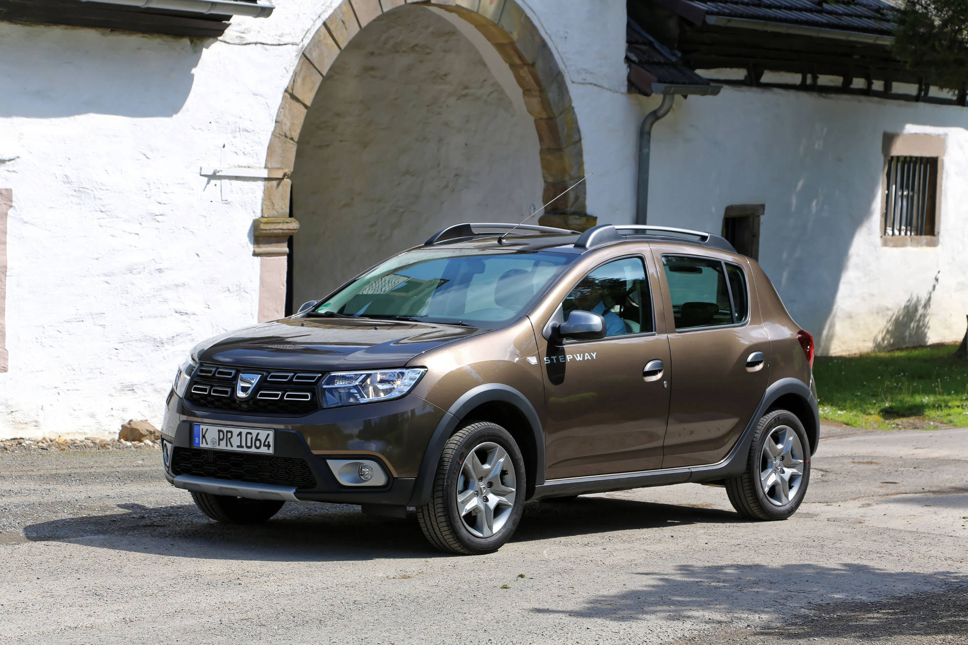 suv test dacia sandero stepway. Black Bedroom Furniture Sets. Home Design Ideas