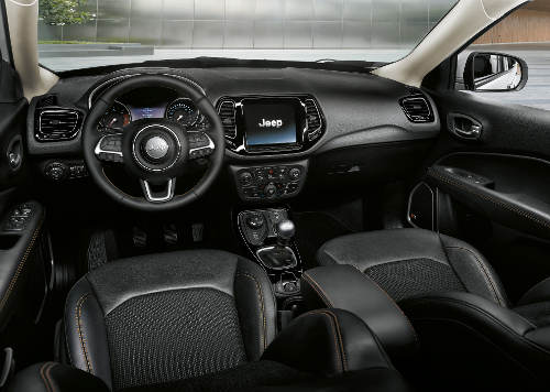 Suv test jeep compass for Interieur jeep compass